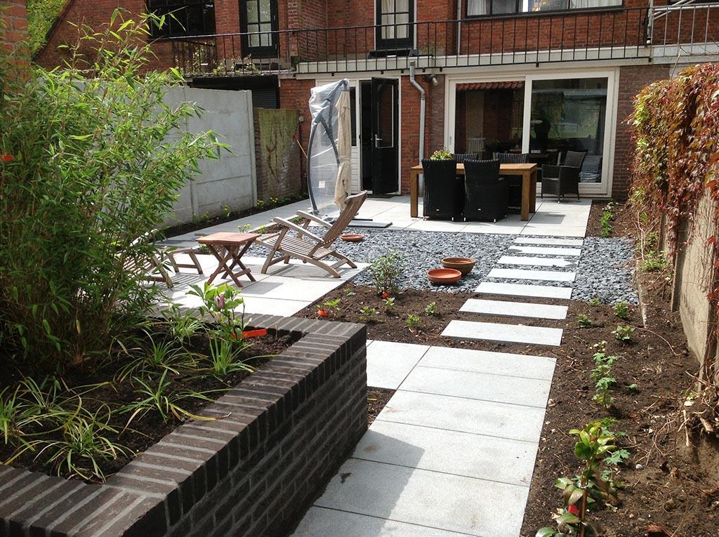 bomen rooien achtertuin renoveren tilburg On tuin aanleggen goedkoop